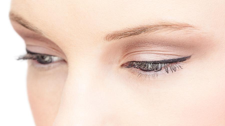 angie sevillano micropigmentación de ojos